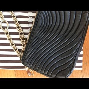 Henry bendel purse